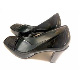 Kenneth Cole New York Patent Leather Heel Shoes